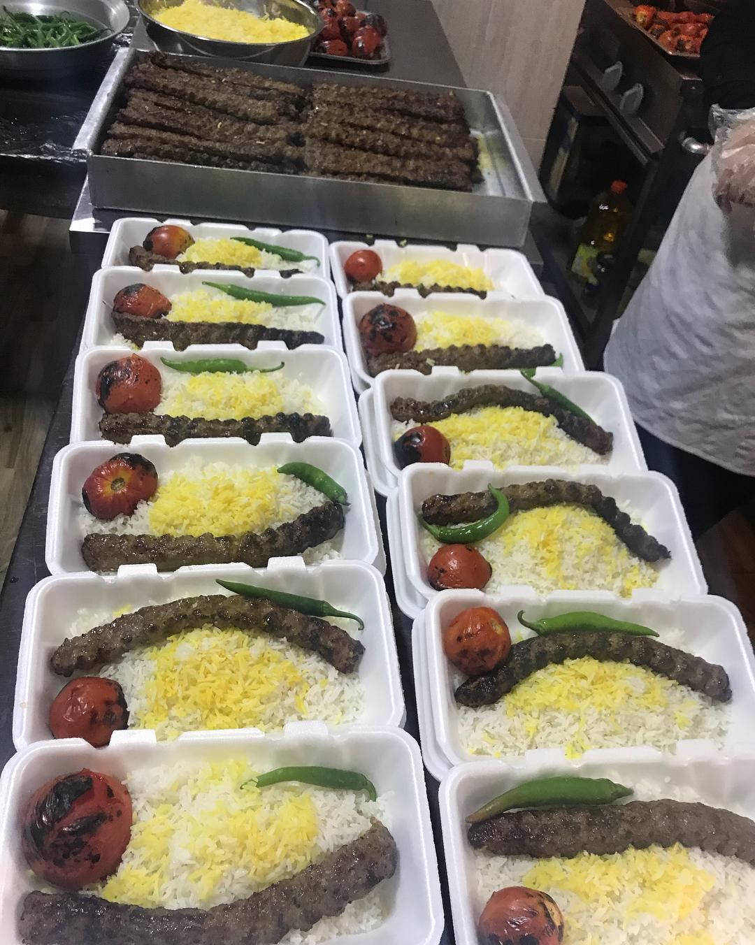 رستوران و تهیه غذا لک لک