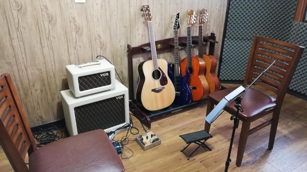 آموزشگاه موسیقی و نقاشی نقش آهنگ
