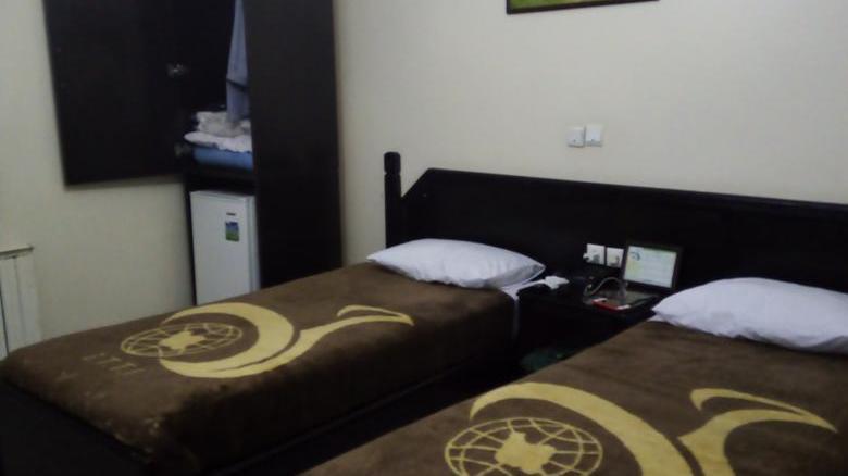 هتل جهانگردی فیروزآباد
