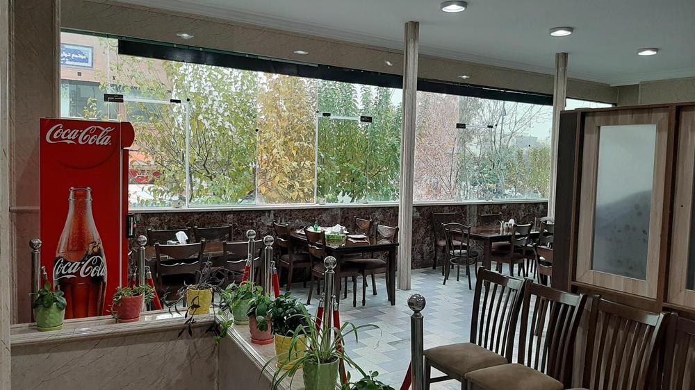 رستوران اعظمی (میکاییلی سابق)