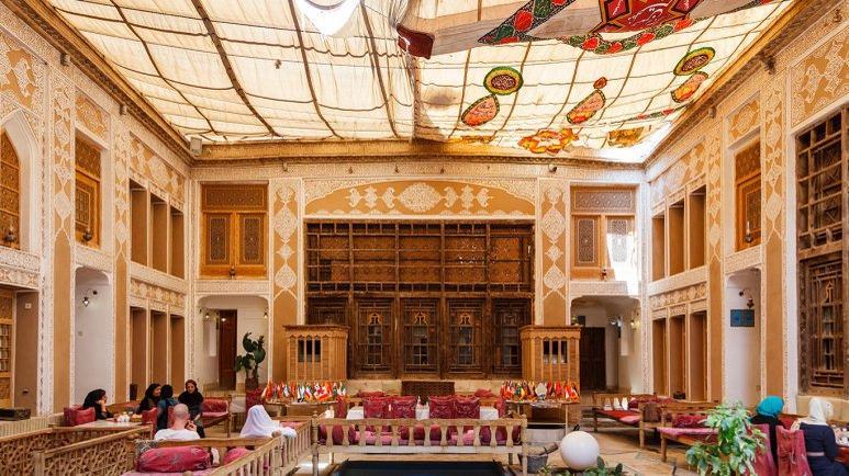 هتل سنتی ملک التجار