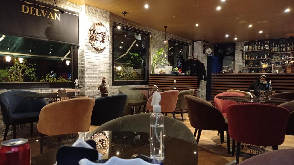 کافه رستوران دلوان